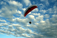 Hang gliding at the Mount